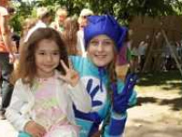 У День захисту дітей  пускали мильні бульбашки, малювали і танцювали веселі танці